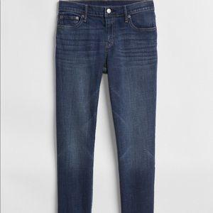 3 for $20 ❤️GAP 1969 skinny/straight leg jeans